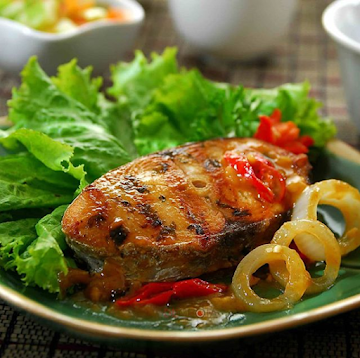 STEAK TENGGIRI SAUS BAWANG