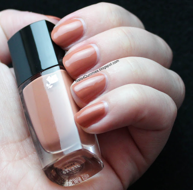 Nails4Dummies - Lancome Beige Dentelle Swatch and Review
