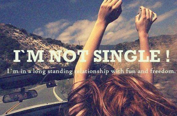 Κι αν είσαι single στα 30 τι πειράζει; - 10 λόγοι που η εργένικη ζωή και στα 30 (ή εκεί γύρω) έχει πολλά θετικά...