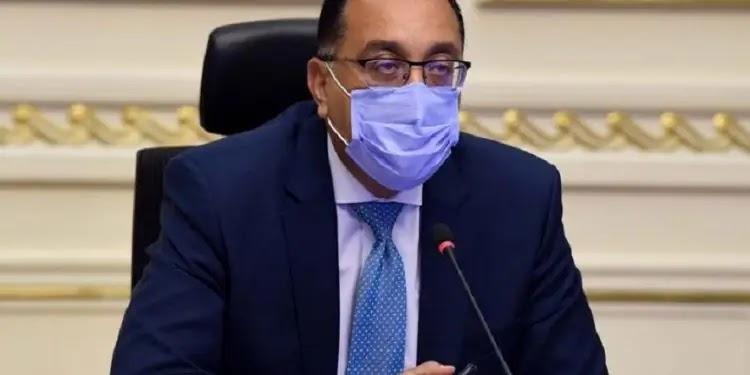 الحكومة تنفي حظر حركة المواطنين وتشدد علي الإجراءات الإحترازية
