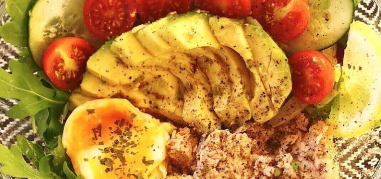 Salada de Atum com Abacate