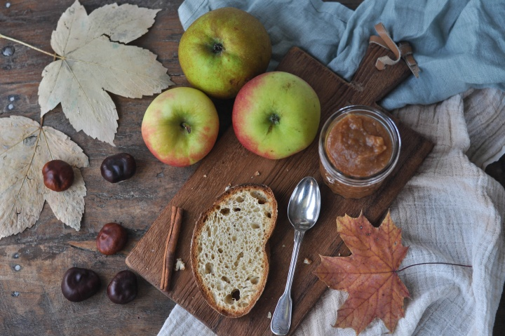 sugar free Applebutter, a delicious treat that's actually good for you!