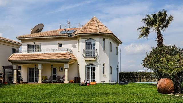 Properti, Villa