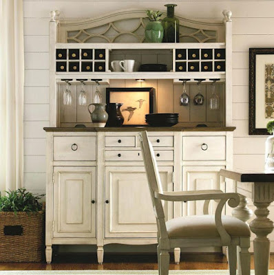 Farmhouse dining room hutch idea