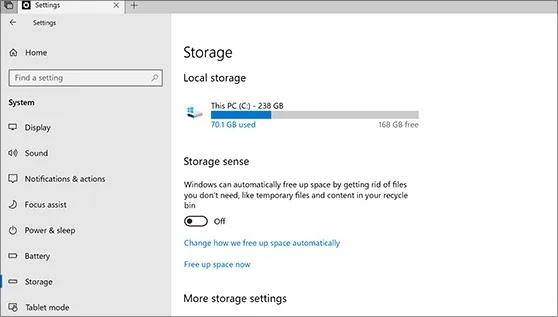 كم مساحة تخزين Mac Windows