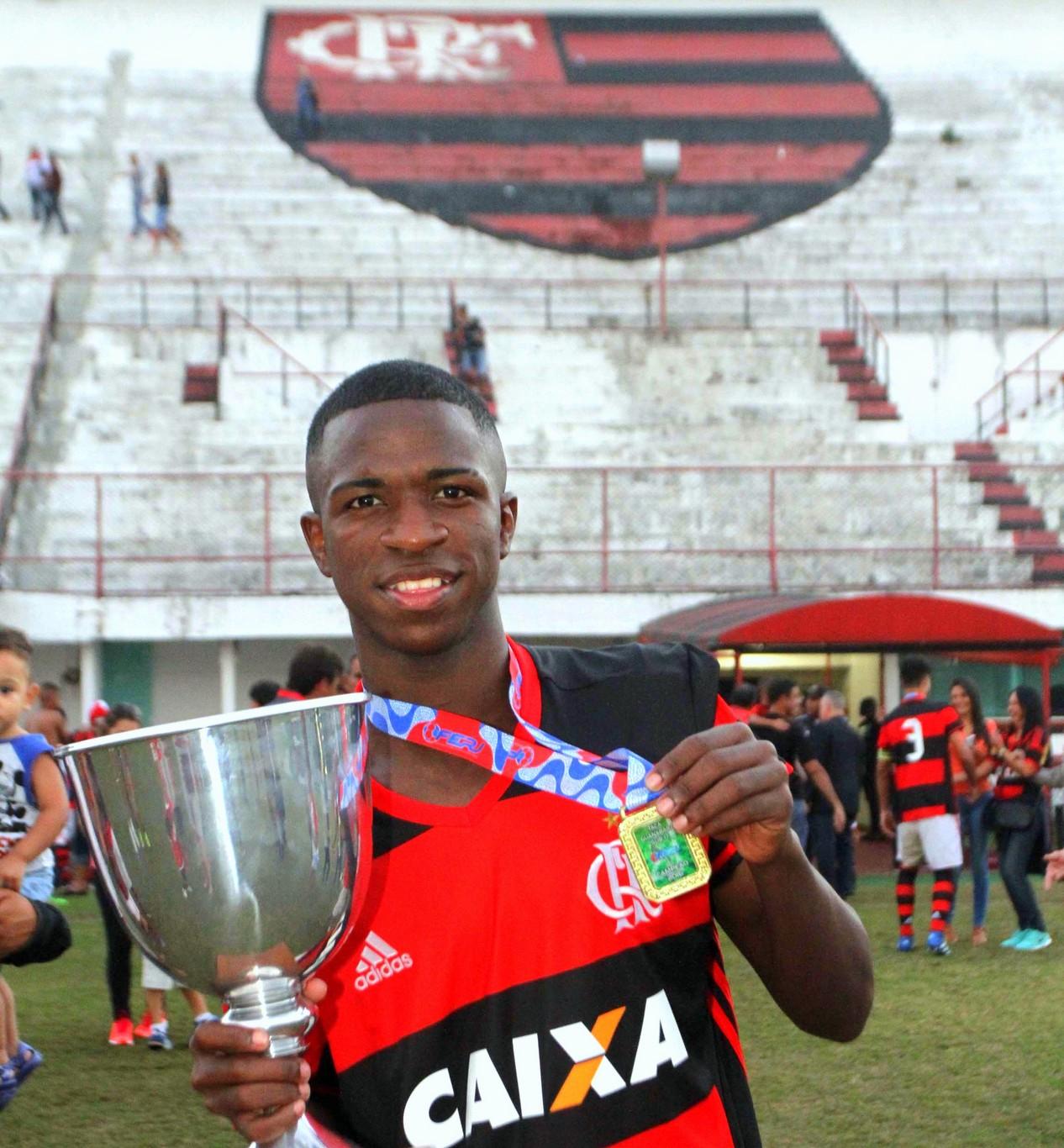 Flamengo Já Sabe Como Irá Gastar Dinheiro Da Venda De