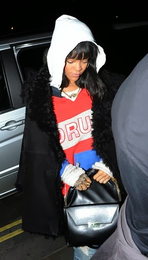 Rihanna down the car