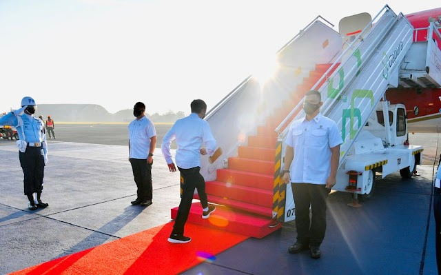 Presiden Jokowi Tinjau Vaksinasi Pelajar di Aceh dan sumut