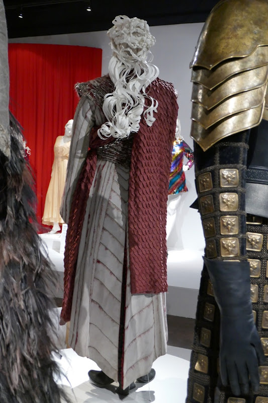 Game of Thrones Daenerys final season costume back