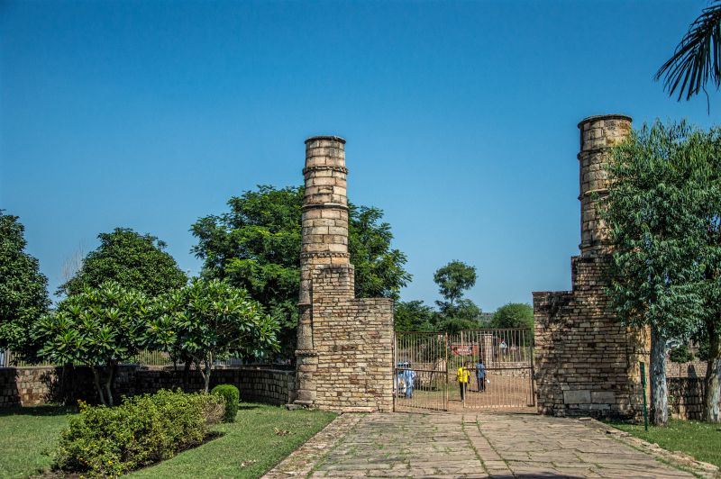 Koshak Mahal entrance