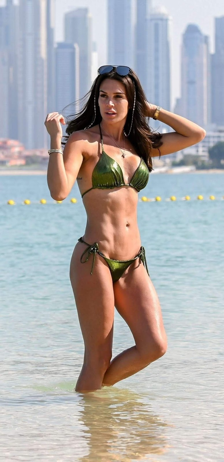 Danielle was sure to turn heads as she flaunted her enviable figure at the beach