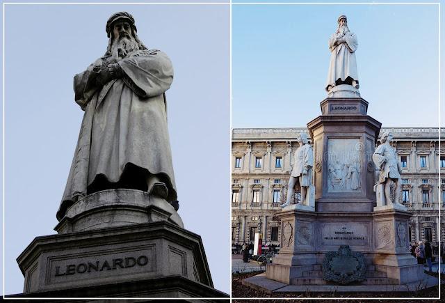 Monumento de Leonardo da Vinci, uma obra de Pietro Magni em homenagem ao artista, localizado em Florença, na Itália.