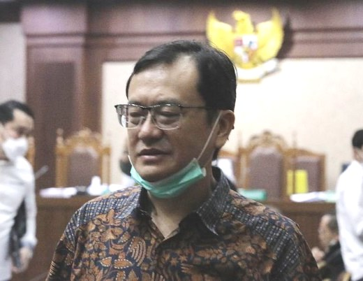 Benny Tjokro Harus Bayar Uang Pengganti Rp 6 T