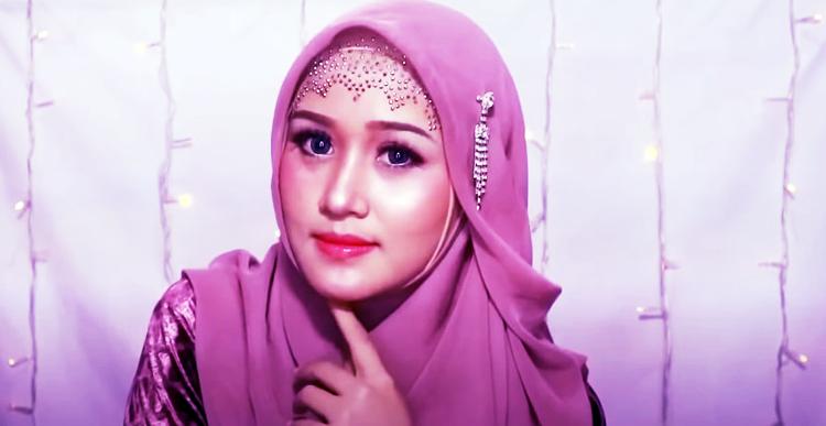 Tutorial Hijab Segi Empat Untuk Ke Pesta Simpel Cantik Anggun Mengesankan