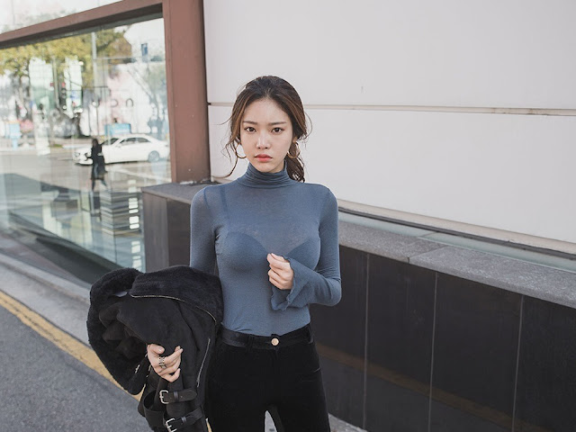 Park Jung Yoon - Black Velvet Jeans Black Boots #5
