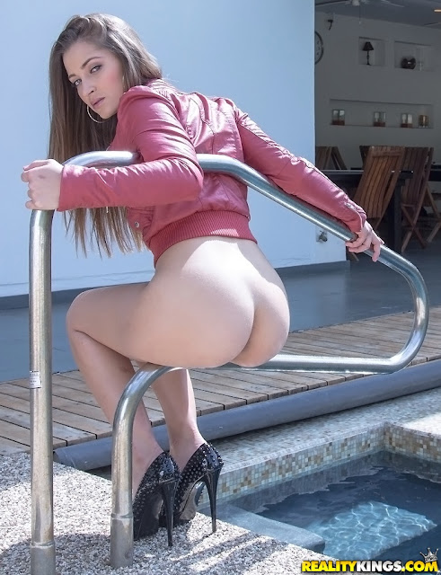 Dani Daniels Hot Pics and Bio