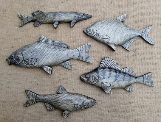 деревянные рыбки в подарок рыбаку