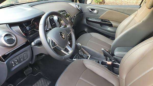 Renault Captur 2022 Turbo Flex - Interior - painel