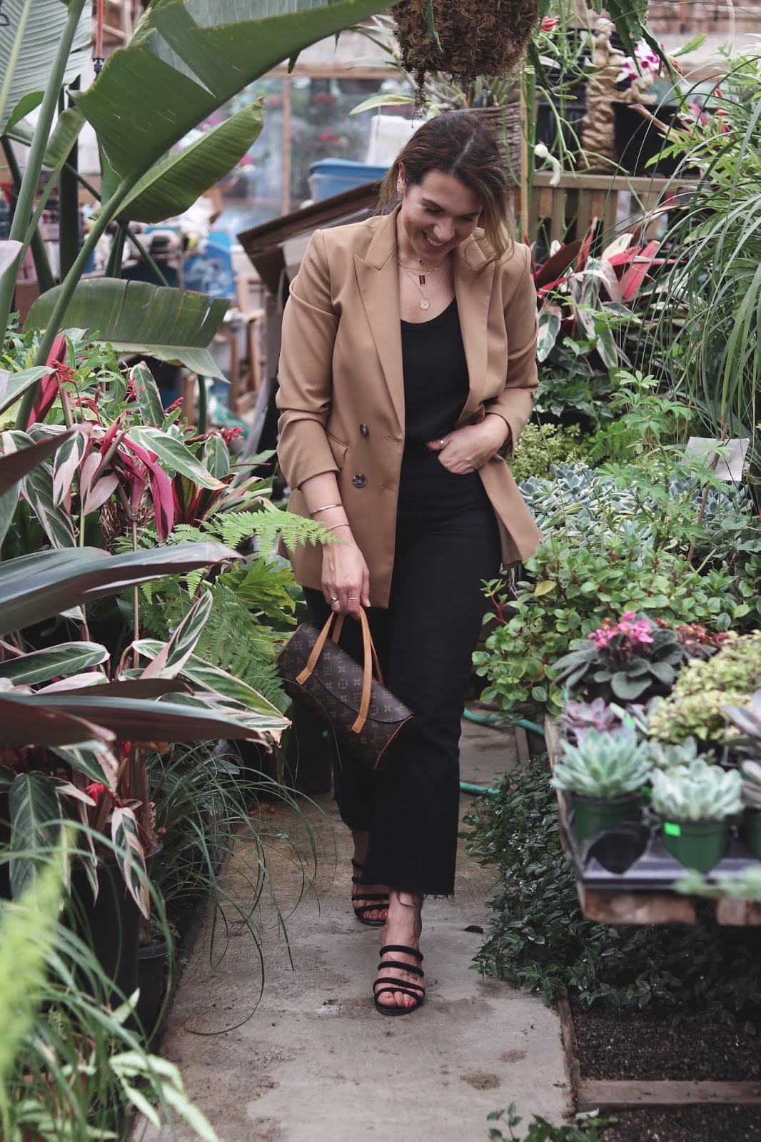 tan blazer outfit levis ribcage jeans vancouver blogger aleesha harris