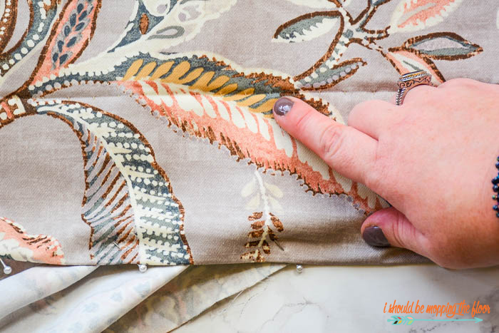 This step-by-step photo tutorial for how to make reversible drapes is a practical solution for changing out your drapes seasonally. It also creates a really lovely look for your window treatments from the outside of your home.