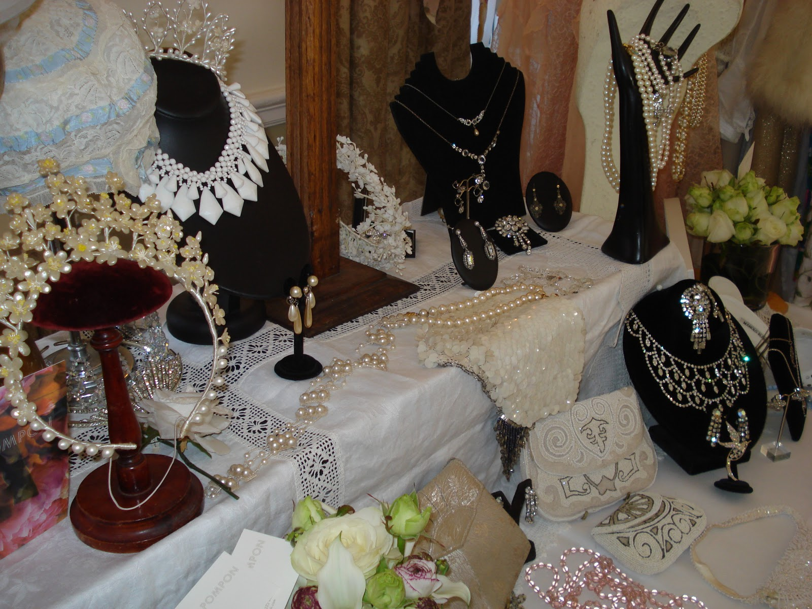 West Weddings: An Afternoon At The Bristol Vintage Fair