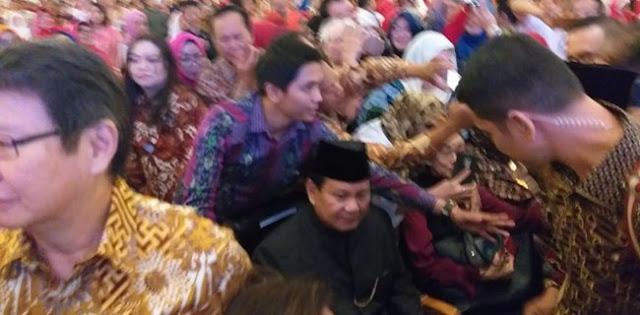 """Diteriaki """"2019 Ganti Presiden"""", Prabowo Subianto: Anda Dosen Dari Mana?"""
