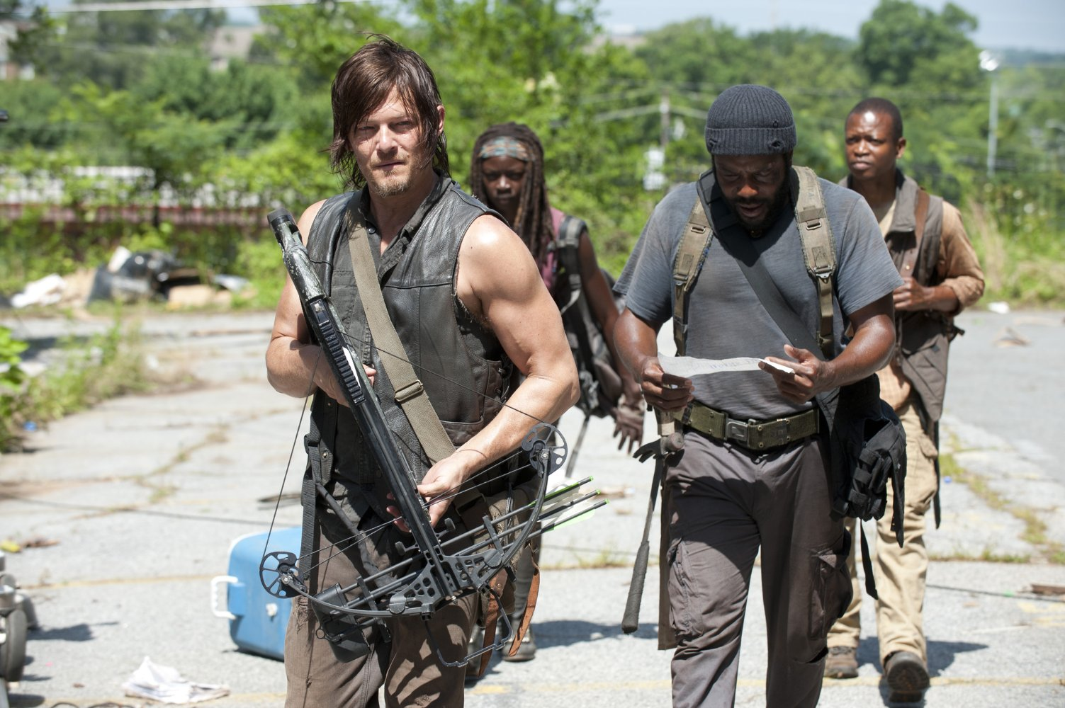 Nonton Film The Walking Dead S04E04: Indifference (2013)