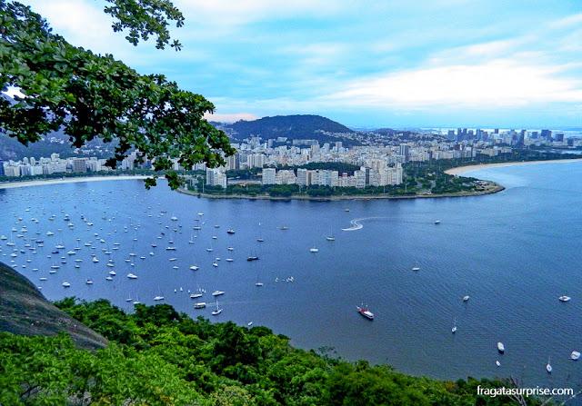 Rio de Janeiro: o bairro de Botafogo visto do Morro da Urca