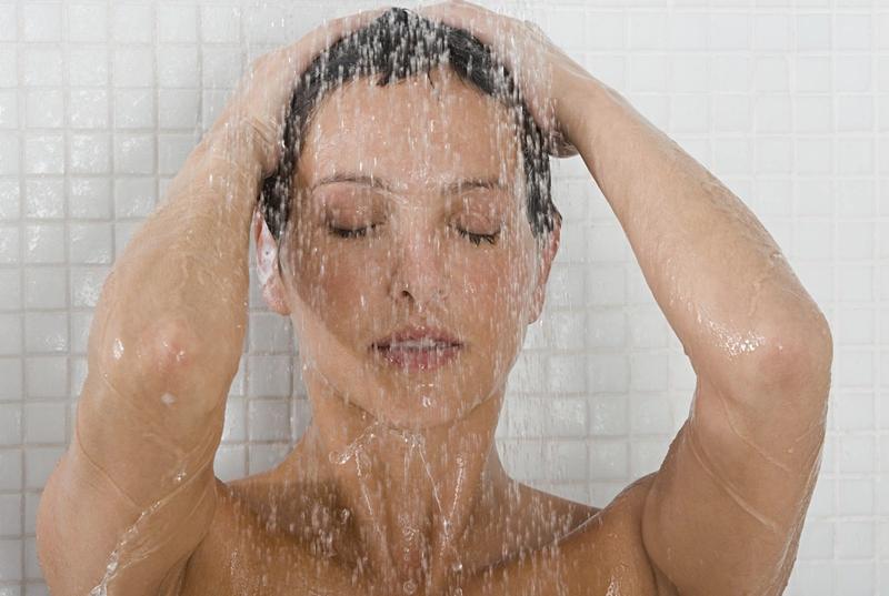 Cildin ilacı: Ilık duş