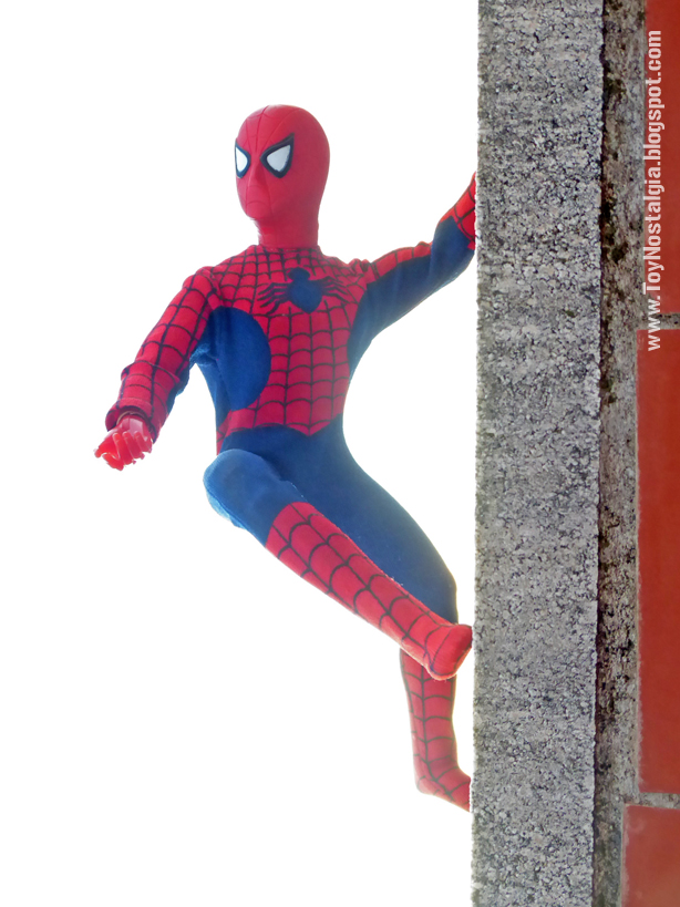 """Mego Spider-Man 12"""" - On the wall   (MEGO - World's Greatest Super Heroes!)"""