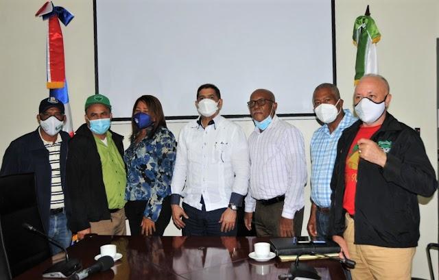 Ministro de Agricultura ordena reponer 37 técnicos cancelados-VIDEO