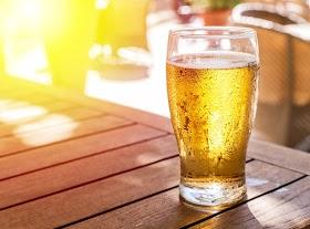 夏天喝冰啤酒很過癮,但這4種人卻千萬碰不得