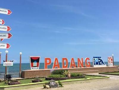 Berkeliling Seharian di Kota Padang, Sumatera Barat