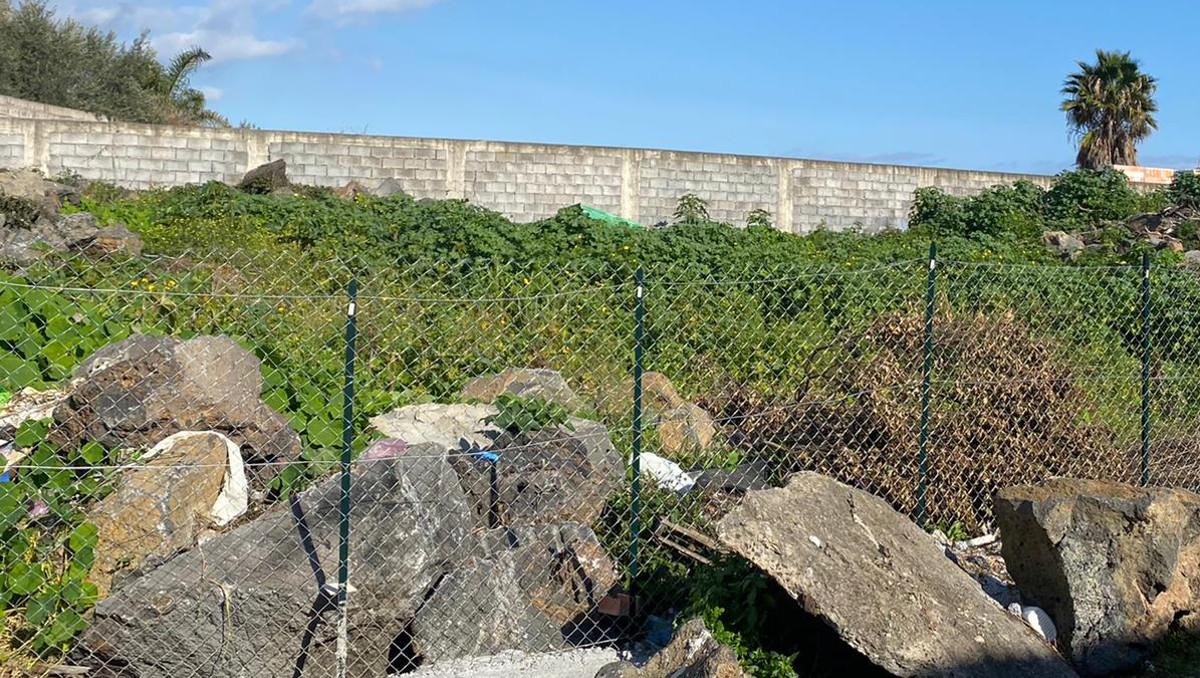 Eliminato cimitero di auto in Via Marotta a Catania
