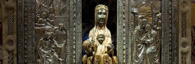 Mare de Déu de Montserrat. Moreneta