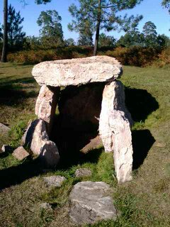 carreño-necrópolis tumular-dolmen-turismo