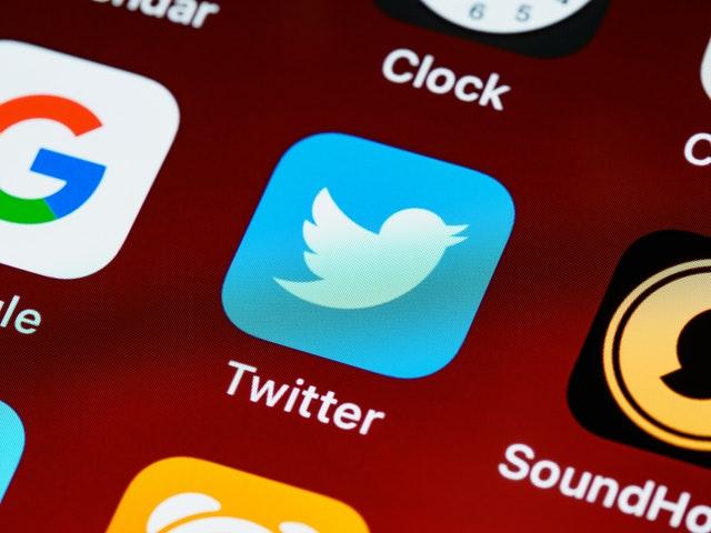 Cara Menyimpan Tweet Dengan Fitur Markah