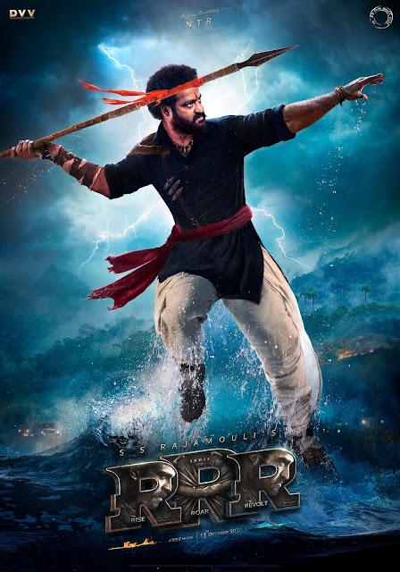 Netflix और ZEE5 ने निर्देशक SS Rajamouli's upcoming magnum opus RRR के Streaming rights हासिल कर लिए हैं।