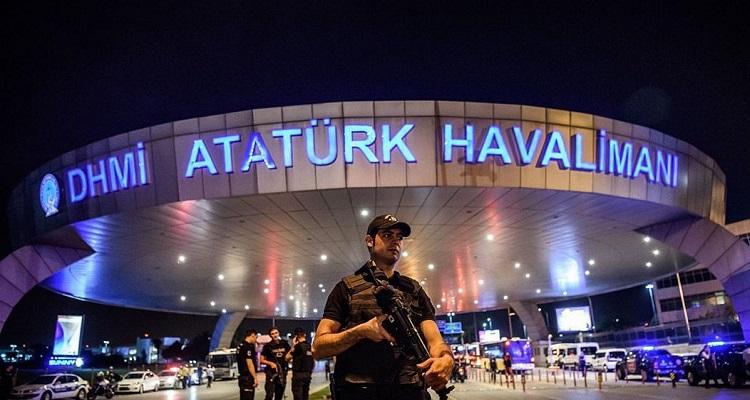 عاجل : إطلاق رصاص قرب مطار أتاتورك في إسطنبول نركيا