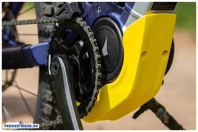 Die Skidplate am Yamaha PW-X eMountainbike-Antrieb schützt den Motor vor Schlägen.