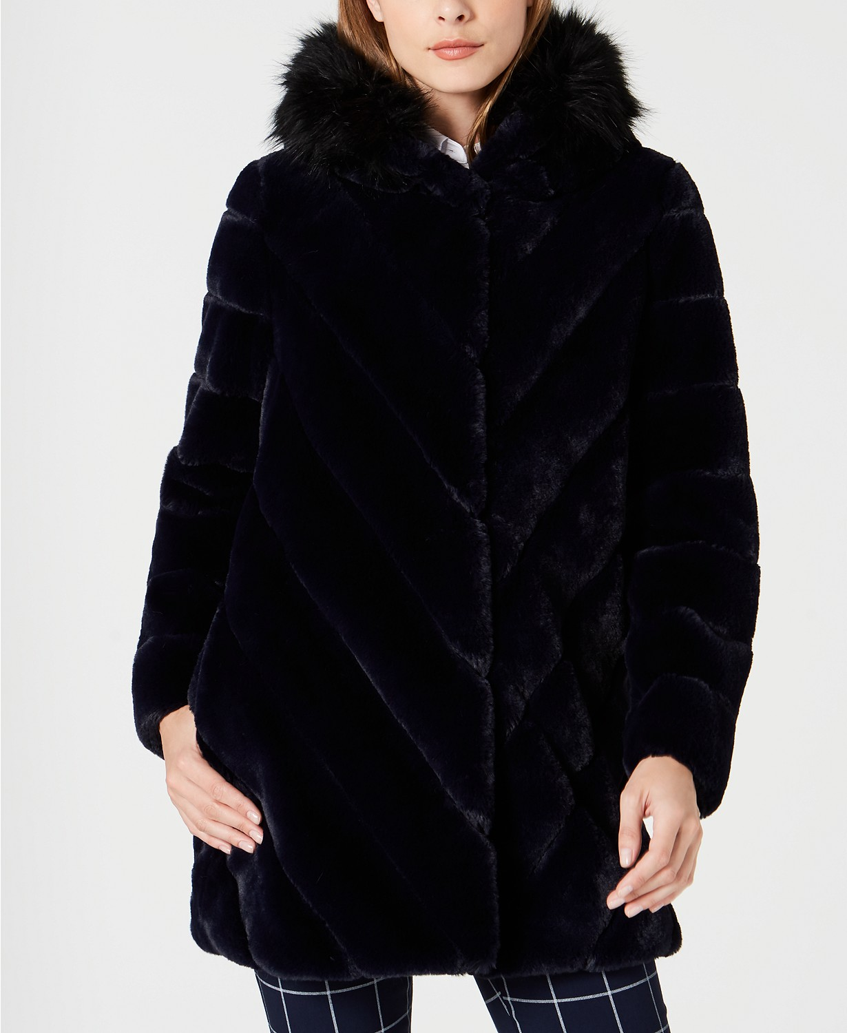 https://www.macys.com/shop/product/calvin-klein-hooded-faux-fur-coat?ID=9000164&CategoryID=269#fn=sp%3D1%26spc%3D7%26ruleId%3D78%26kws%3Dcalvin%20klein%20faux%20fur%20hooded%20coat%26ackws%3DCalvin%20Klein%20Faux-Fur%20Coat%26searchType%3Dac%26searchPass%3DexactMultiMatch%26slotId%3D1