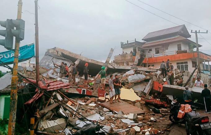 Terremoto in Indonesia: bilancio sale a 56 vittime