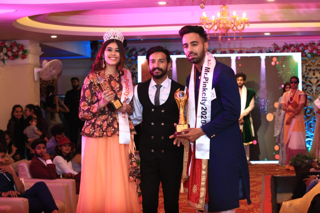 Shrishti-Khatri-becomes-Miss-Pinkcity-Yogesh-Navlani-gets-Mr-Pinkcity-Season-4-title