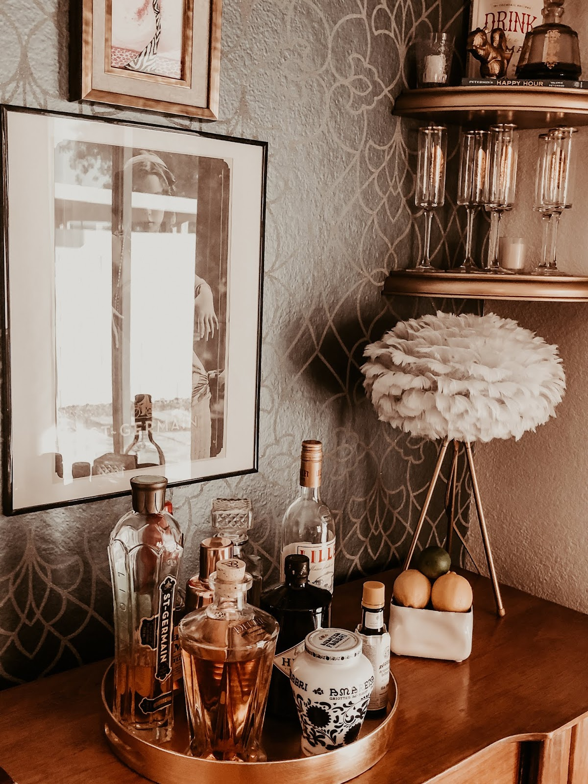 family-tv-room-nook-makeover-diy-turned-into-home-bar-perfect-for-entertaining-candice-olson-wallpaper