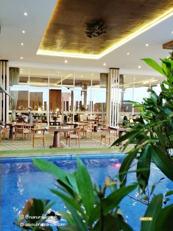 Fenix Restaurant, Gets Hotel Semarang
