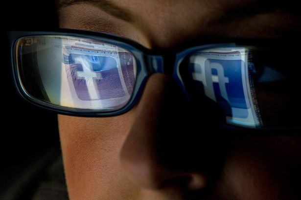 How to Bypass Facebook Photo Verification