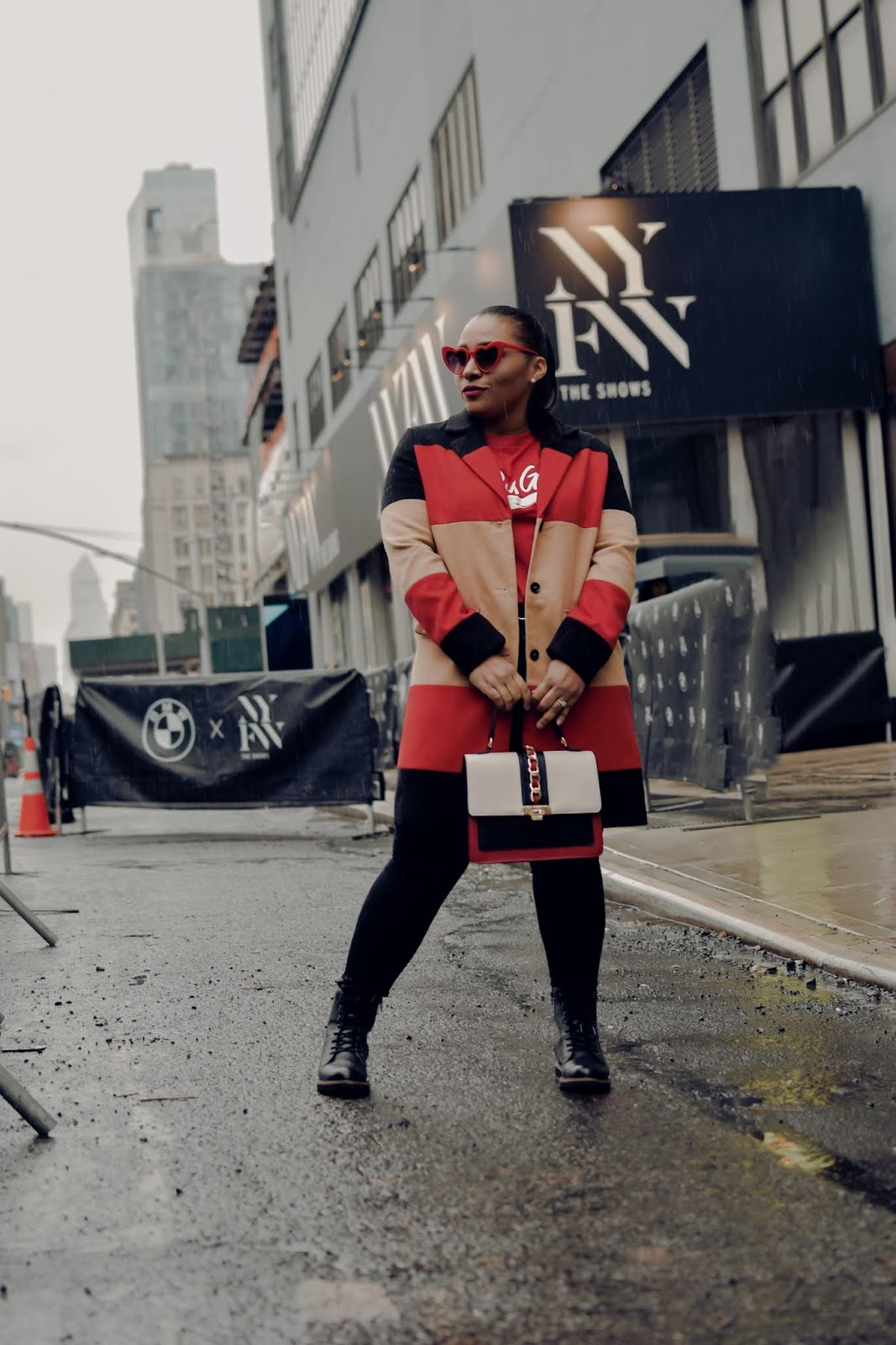 shein, shein review, nyfw, nyfw streetstyle, fashion week, graphic tee outfits, chic mom style