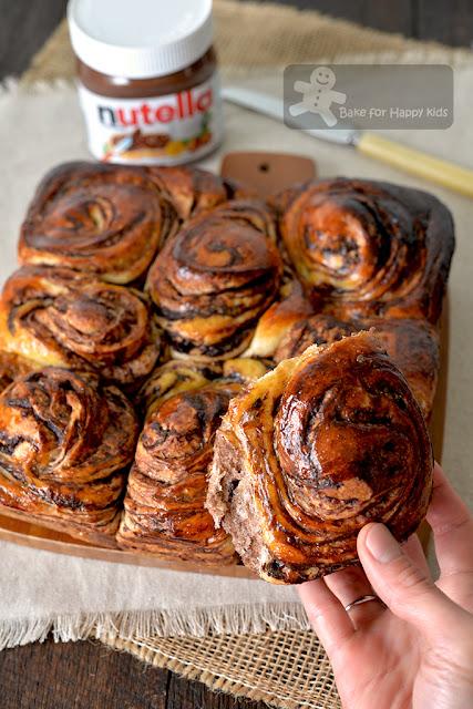 soft Nutella marble bread scrolls