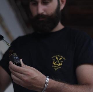 Cara Penggunaan Ombak Beard Oil