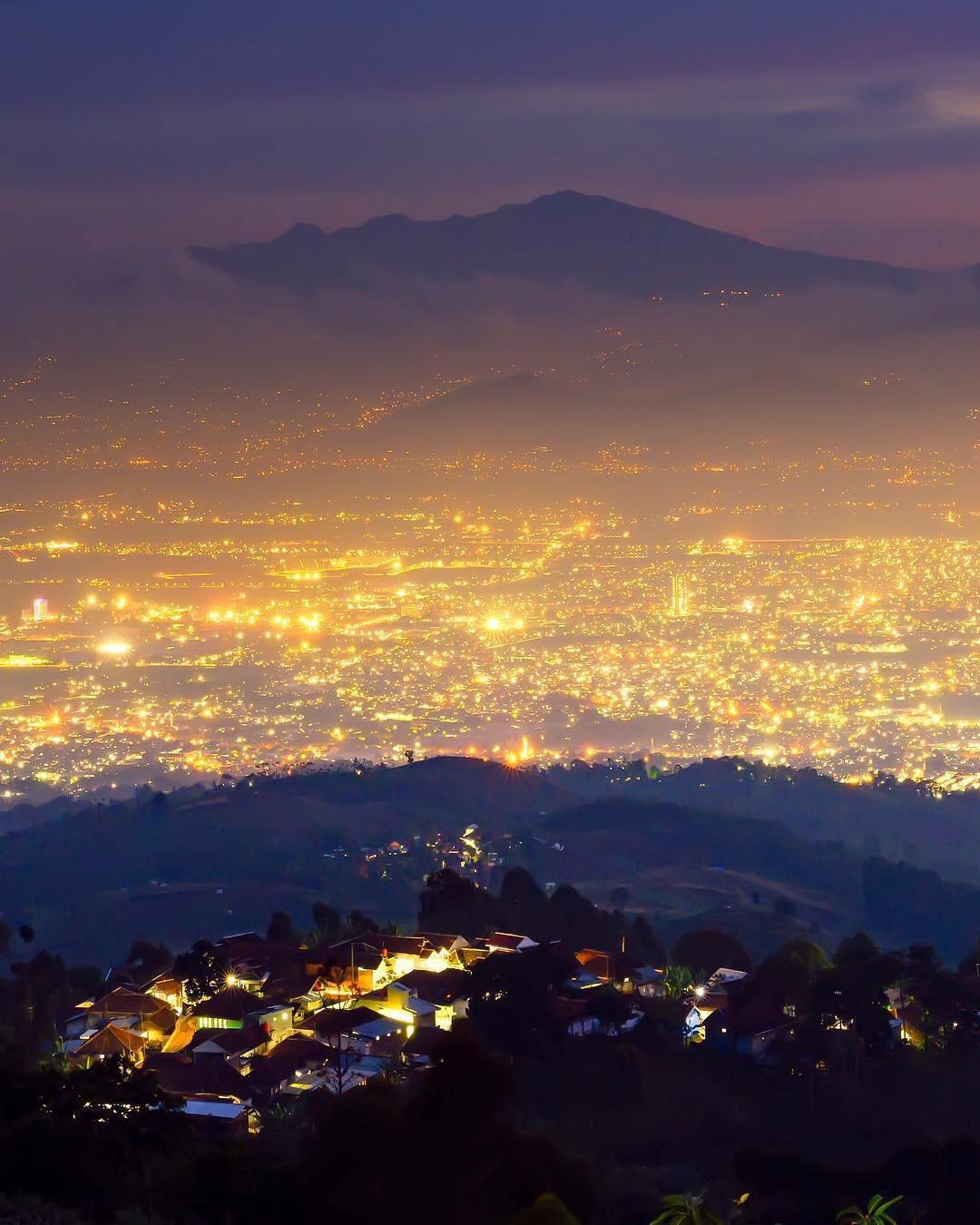 Puncak Bintang Bukit Moko Bandung